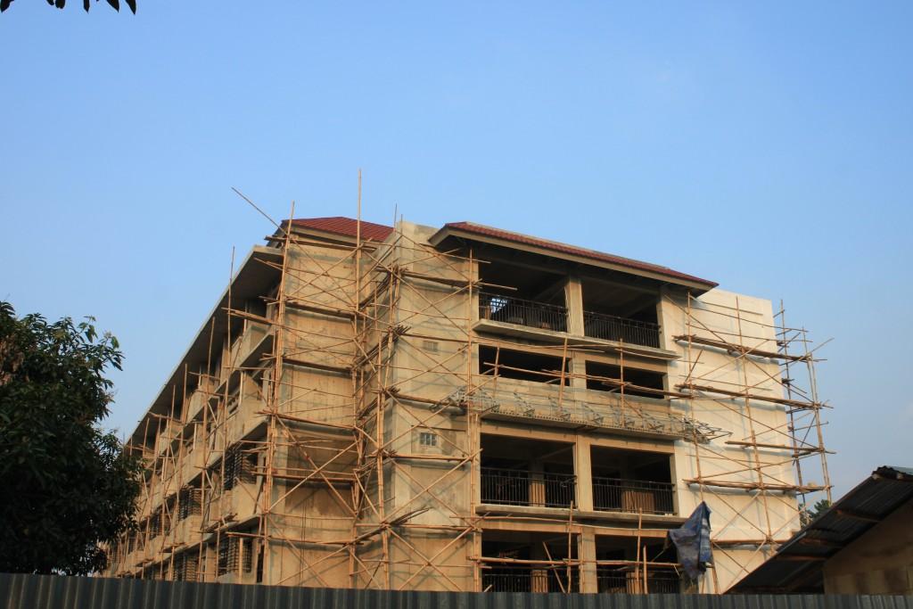 Pembangunan gedung baru asrama putri yang direncanakan akan selesai dan digunakan pada bulan September 2015.