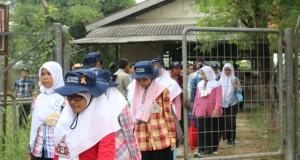 Peserta MPKMB seusai menerima materi dari panitia Fapet di Kandang Fapet