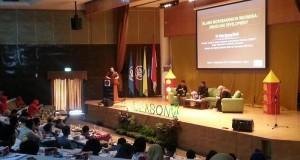 Talk show sesi pertama Seminar Internasional Ekonomi Syariah, Sabtu (12/9) di Auditorium Andi Hakim Nasution