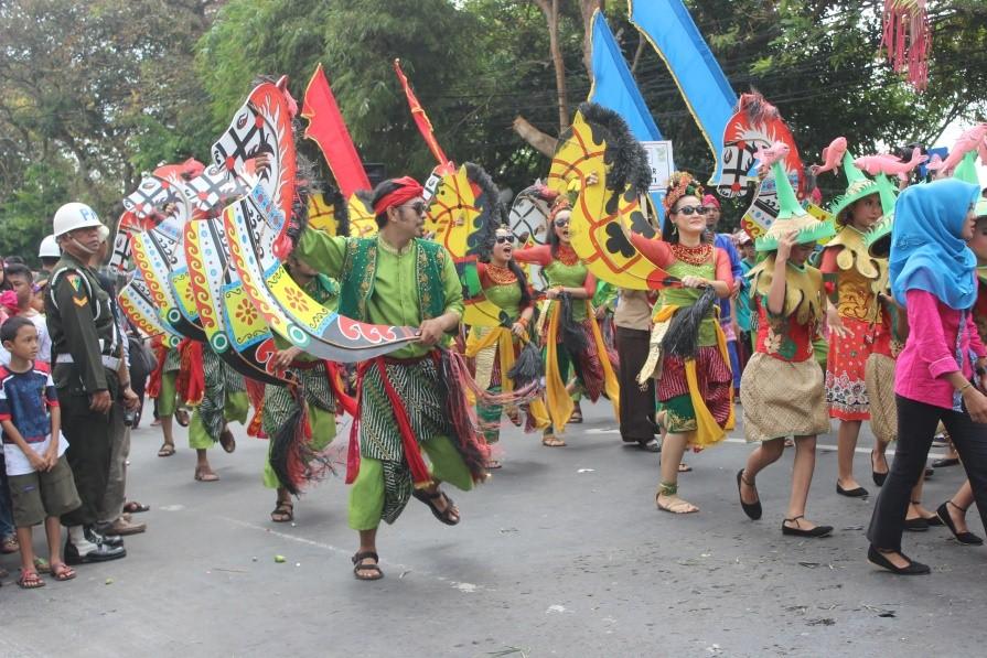 Sanggar Melati, salah satu sanggar yang berpartisipasi, sedang menampilkan pertunjukan kuda lumping di acara Hari Jadi Bogor ke 534.
