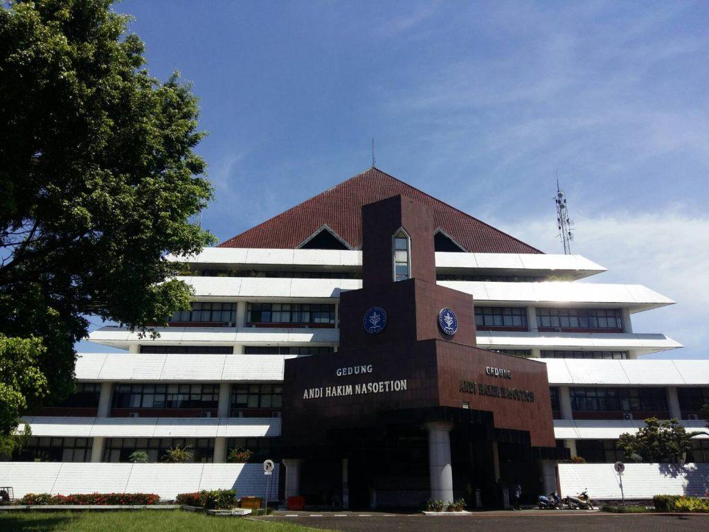 Gedung Rektorat IPB (Foto oleh : ulfah DK)