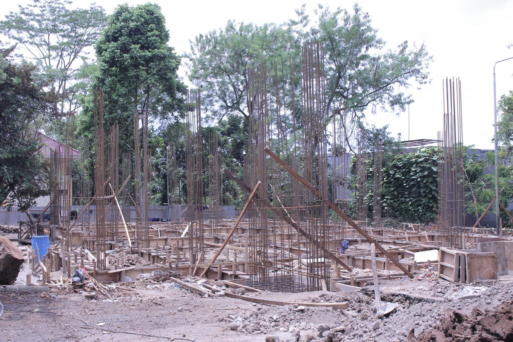 Pembangunan Rusunawa di Samping Auditorium Mandiri (Foto oleh : Dika SB)