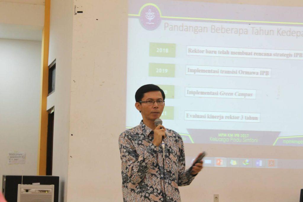 Hadir pula Perwakilan dari Direktorat Kemahasiswaan, Dr. Ir. Sugeng Santoso, M.Agr untuk mendampingi acara Konsolidasi Akbar MPM KM IPB