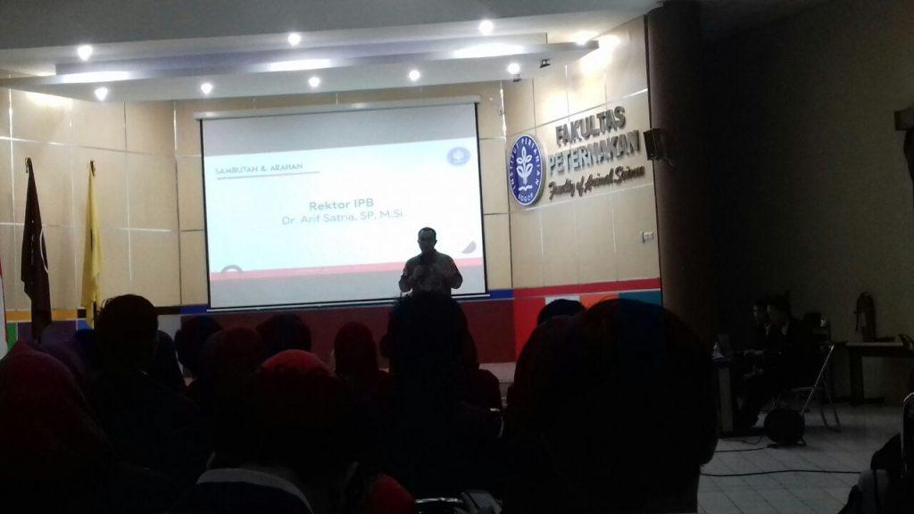 Sambutan Rektor IPB Dr. Arif Satria dalam acara pengukuhan Ormawa IPB